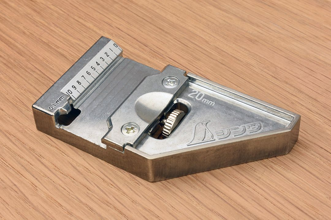 Shinwa Carpenter's Square, Hard Chrome Finish with Metal Stopper 300mm and 8 scales